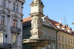 maximilianova fontana