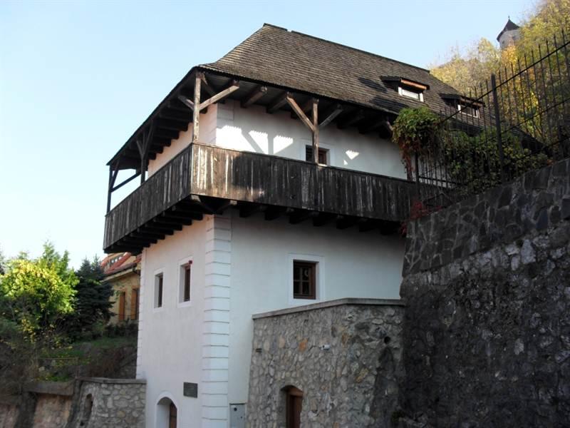 katov dom trencin